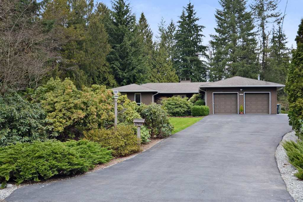 "Main Photo: 22941 78 Avenue in Langley: Fort Langley House for sale in ""Forest Knolls"" : MLS®# R2249959"