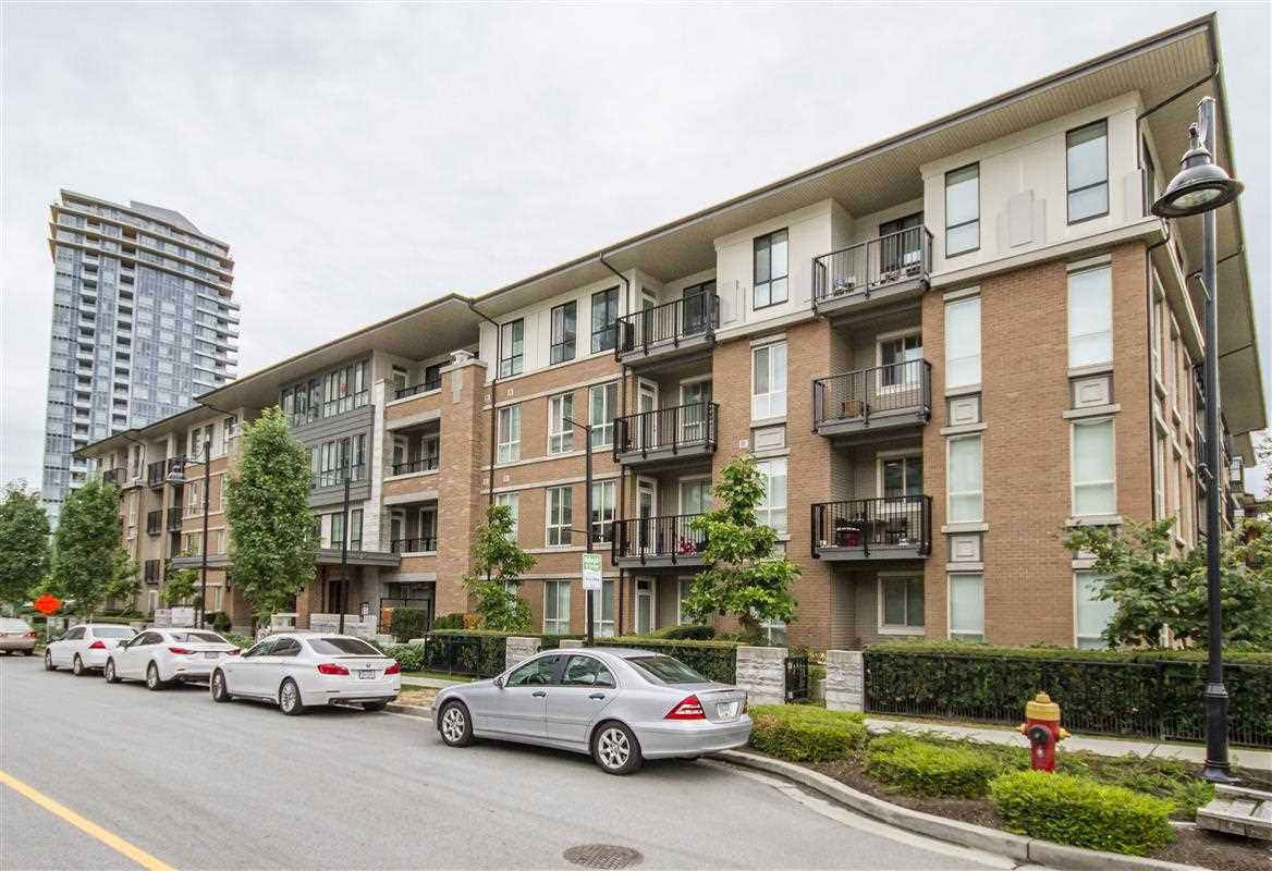 "Main Photo: 403 3107 WINDSOR Gate in Coquitlam: New Horizons Condo for sale in ""Bradley House at Windsor Gate"" : MLS®# R2352477"