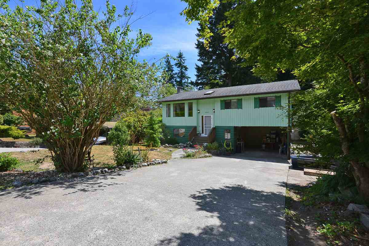 Main Photo: 1063 FIRCREST Road in Gibsons: Gibsons & Area House for sale (Sunshine Coast)  : MLS®# R2384299