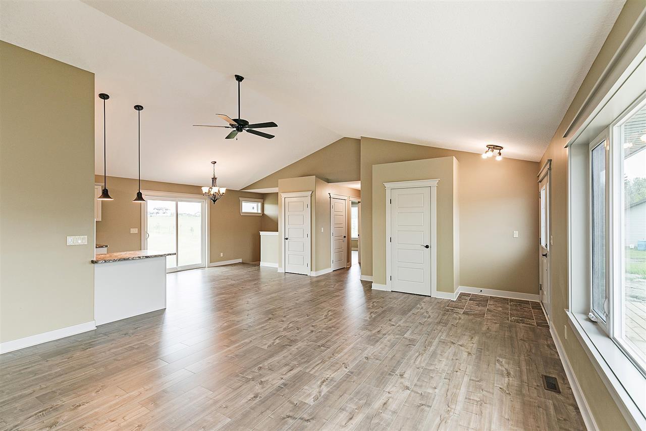 Main Photo: 106 55504 RR 13: Rural Lac Ste. Anne County House for sale : MLS®# E4166713