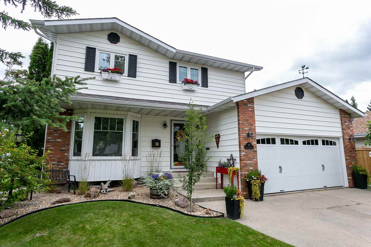 Main Photo: 119 Langholm Drive: St. Albert House for sale : MLS®# E4169063