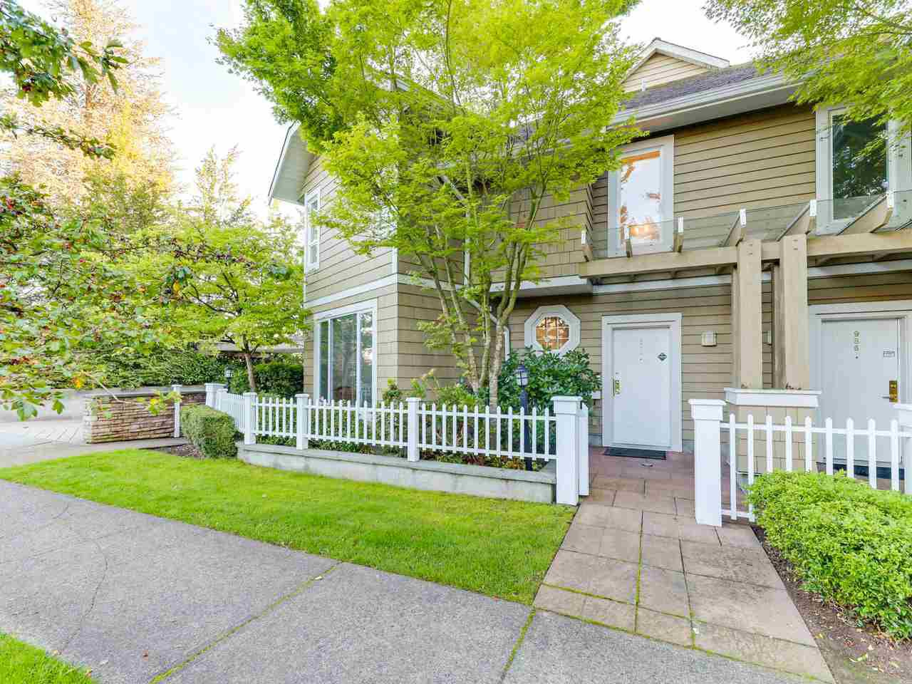 Main Photo: 972 West 54th Avenue in Vancouver: South Cambie Townhouse for sale (Vancouver West)  : MLS®# R2507523