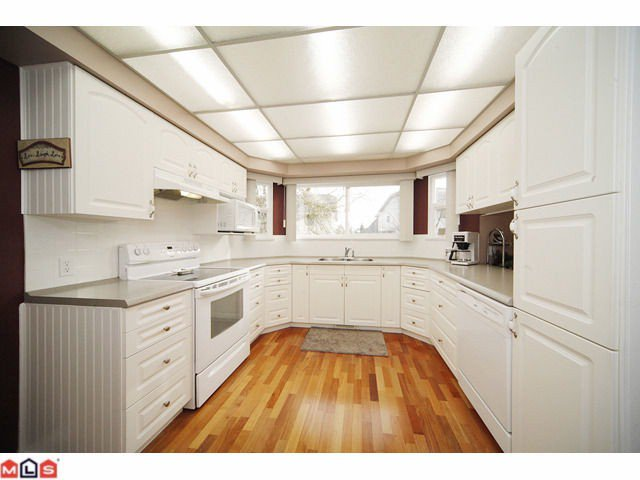 Photo 3: Photos: 6092 173A Street: Cloverdale House for sale : MLS®# F1200796