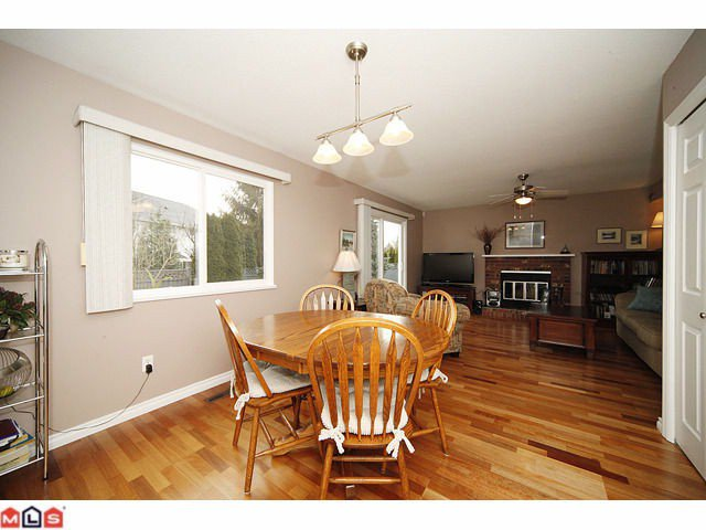 Photo 5: Photos: 6092 173A Street: Cloverdale House for sale : MLS®# F1200796