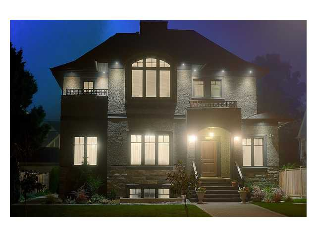 "Main Photo: 4035 W 37TH AV in Vancouver: Dunbar House for sale in ""Dunbar / Southlands"" (Vancouver West)  : MLS®# V1030673"