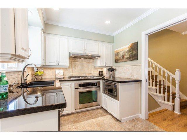 "Photo 5: Photos: 7562 118 Street in Delta: Scottsdale House for sale in ""Scottsdale"" (N. Delta)  : MLS®# F1439645"