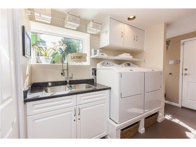 "Photo 11: Photos: 7562 118 Street in Delta: Scottsdale House for sale in ""Scottsdale"" (N. Delta)  : MLS®# F1439645"