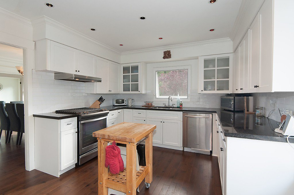 Photo 11: Photos: 3867 SW MARINE Drive in Vancouver: Southlands House for sale (Vancouver West)  : MLS®# R2011255