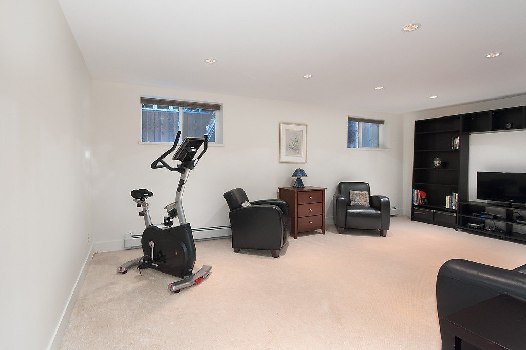 Photo 19: Photos: 3867 SW MARINE Drive in Vancouver: Southlands House for sale (Vancouver West)  : MLS®# R2011255