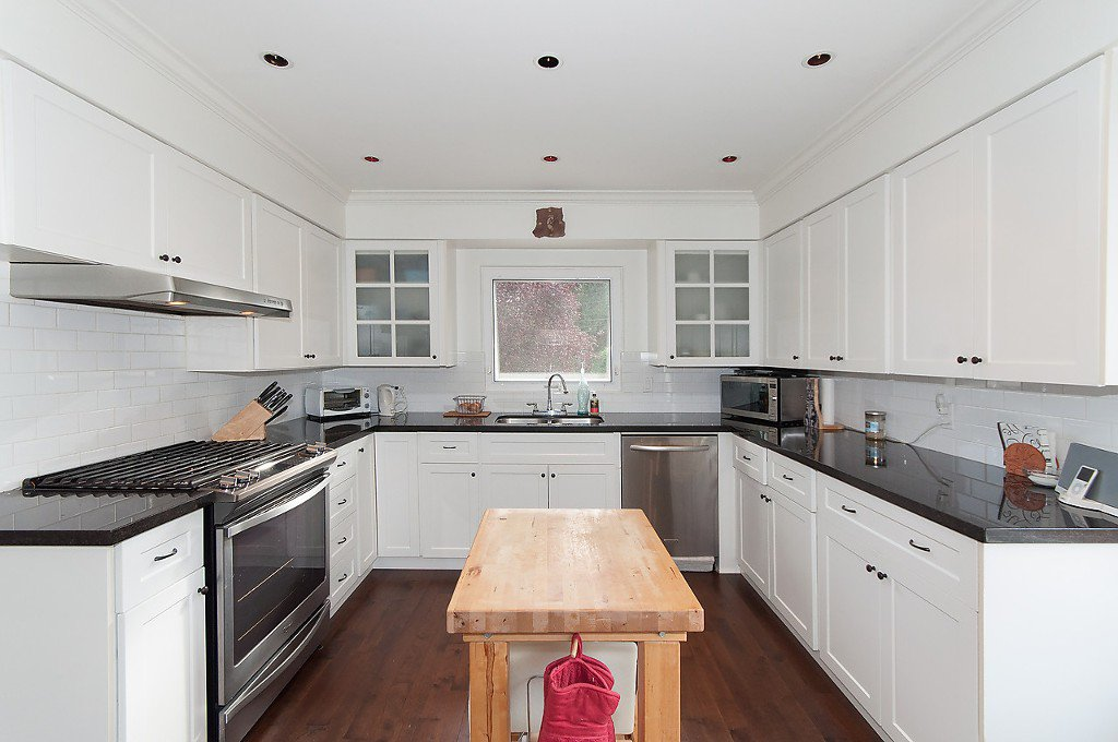 Photo 13: Photos: 3867 SW MARINE Drive in Vancouver: Southlands House for sale (Vancouver West)  : MLS®# R2011255