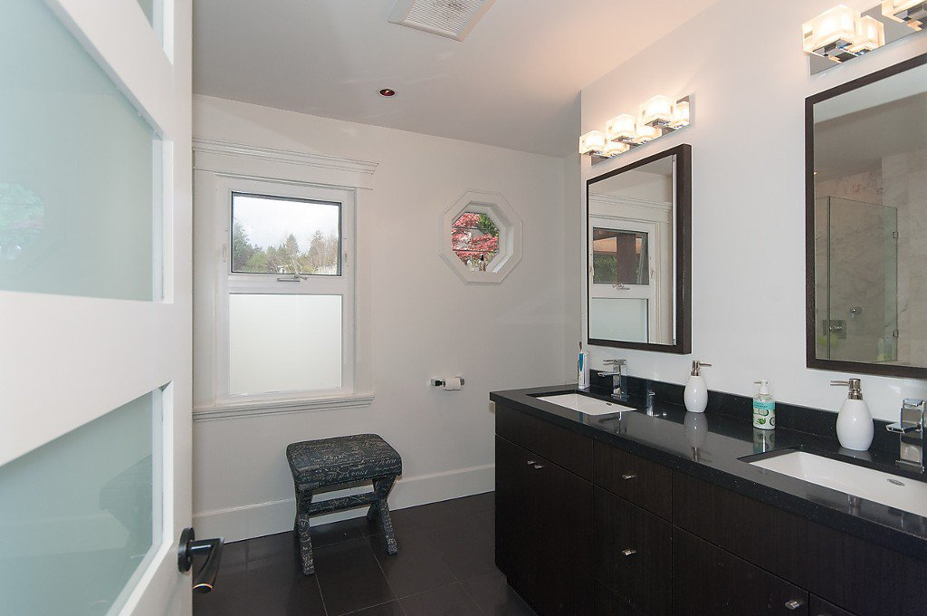 Photo 16: Photos: 3867 SW MARINE Drive in Vancouver: Southlands House for sale (Vancouver West)  : MLS®# R2011255