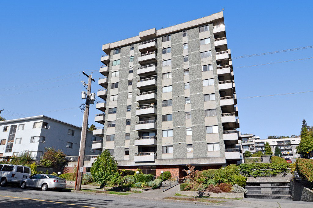 "Main Photo: 1004 47 AGNES Street in New Westminster: Downtown NW Condo for sale in ""FRASER HOUSE"" : MLS®# R2114537"