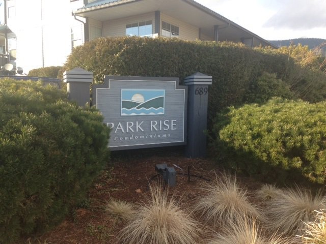 Photo 1: Photos: 36 689 PARK Road in Gibsons: Gibsons & Area Condo for sale (Sunshine Coast)  : MLS®# R2141660
