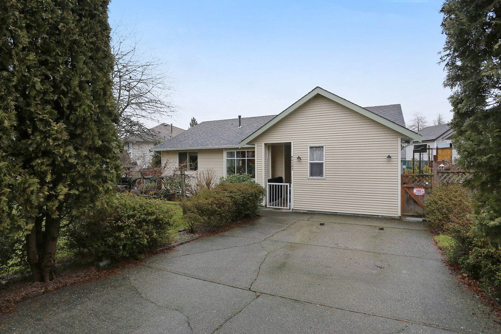 "Main Photo: 19292 63A Avenue in Surrey: Clayton House for sale in ""Clayton"" (Cloverdale)  : MLS®# R2142770"