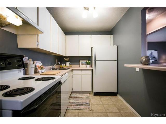 Photo 10: Photos: 460 Kenaston Boulevard in Winnipeg: River Heights Condominium for sale (1D)  : MLS®# 1705140