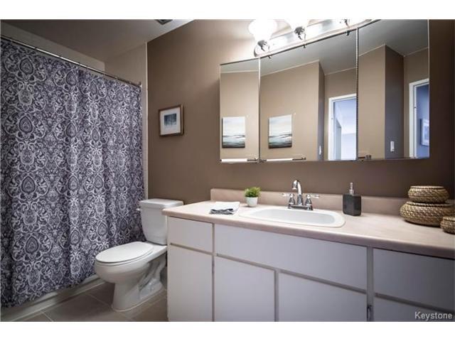 Photo 13: Photos: 460 Kenaston Boulevard in Winnipeg: River Heights Condominium for sale (1D)  : MLS®# 1705140