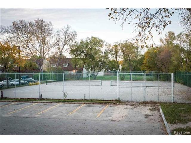 Photo 18: Photos: 460 Kenaston Boulevard in Winnipeg: River Heights Condominium for sale (1D)  : MLS®# 1705140