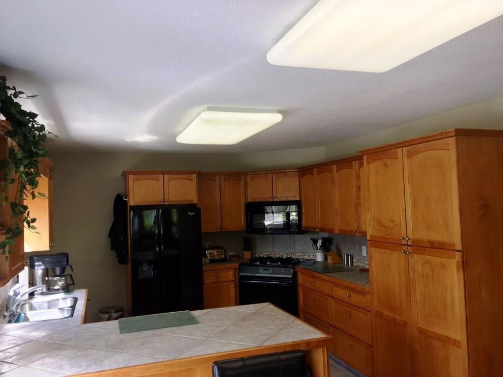 Photo 8: Photos: 5408 51 Street in Fort Nelson: Fort Nelson -Town House for sale (Fort Nelson (Zone 64))  : MLS®# R2168983
