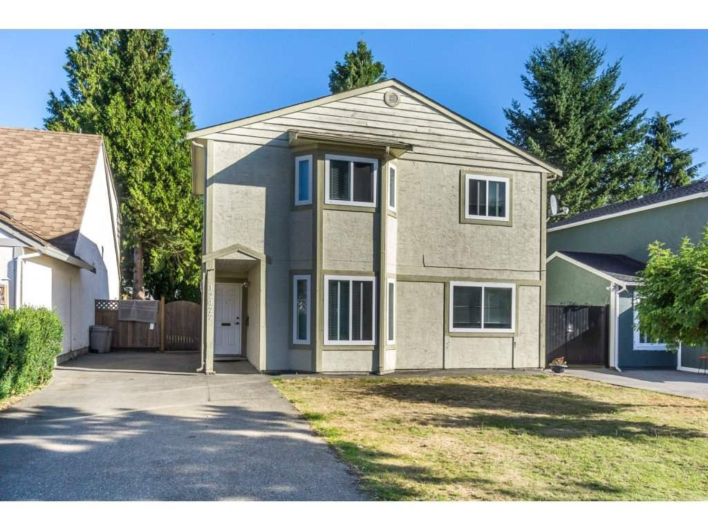 """Main Photo: 12477 77A Avenue in Surrey: West Newton House for sale in """"Strawberry Hill"""" : MLS®# R2206395"""