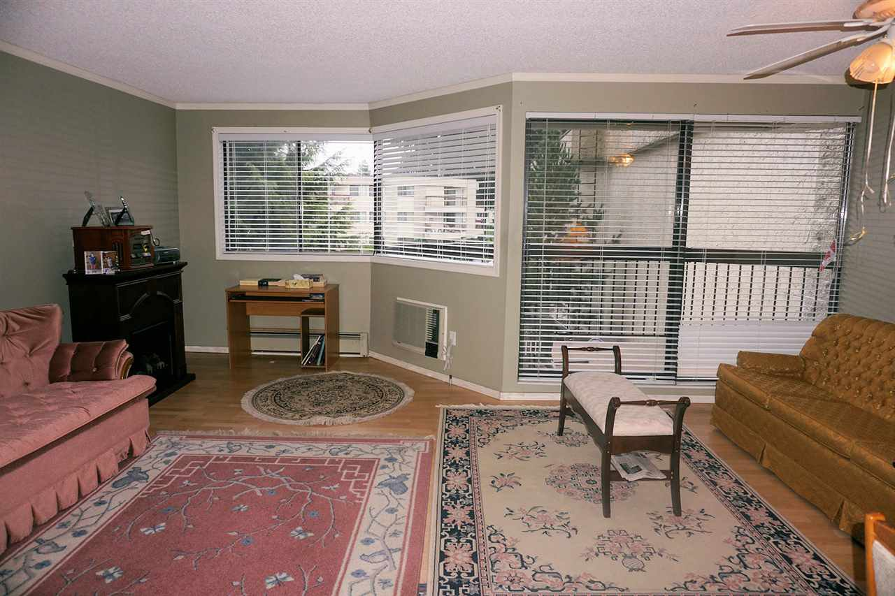 "Photo 2: Photos: 207 31955 OLD YALE Road in Abbotsford: Abbotsford West Condo for sale in ""EVERGREEN VILLAGE"" : MLS®# R2217051"
