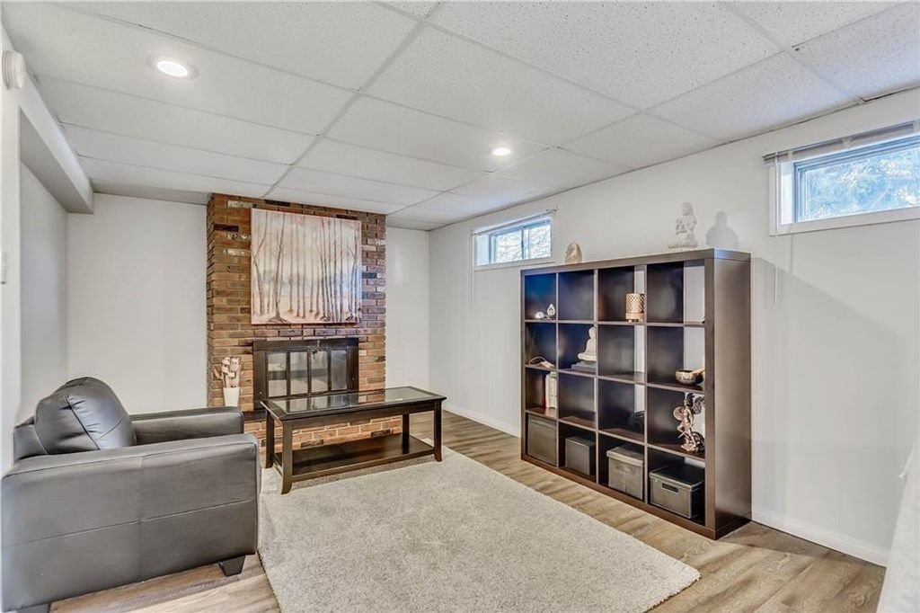 Photo 17: Photos: 4431 4 ST NW in Calgary: Highwood House for sale : MLS®# C4161486