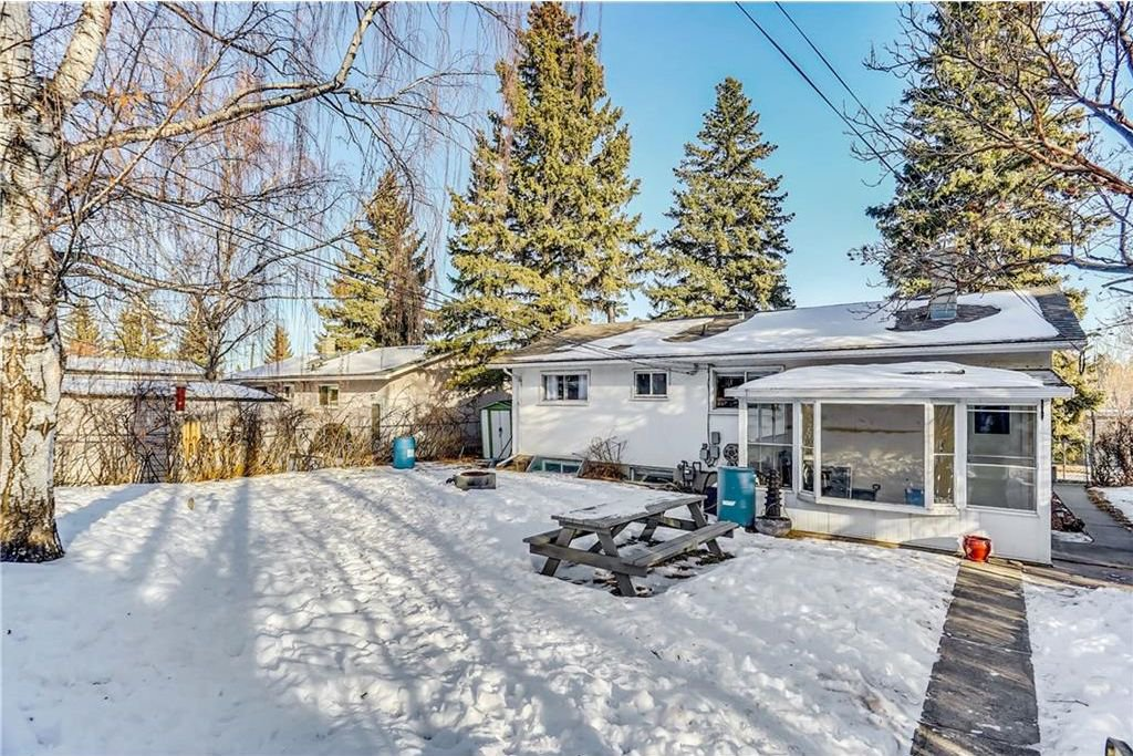 Photo 27: Photos: 4431 4 ST NW in Calgary: Highwood House for sale : MLS®# C4161486