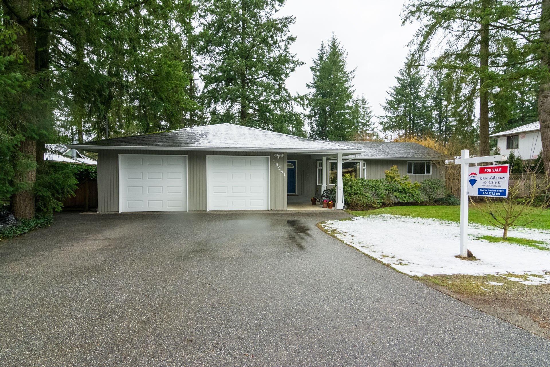 Welcome to 19941 - 37 Avenue in the sought-after Brookswood area of Langley, BC where you still can own a home on a large lot!