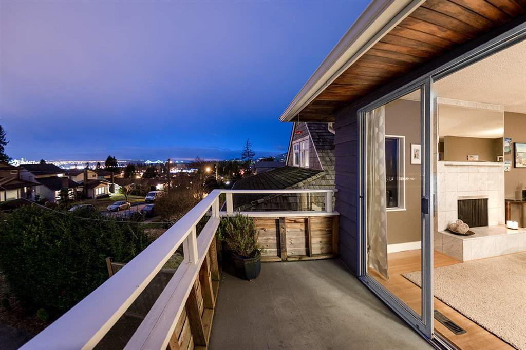 Main Photo: 314 W 28TH STREET in NORTH VANCOUVER: Upper Lonsdale House for sale (North Vancouver)  : MLS®# R2027808