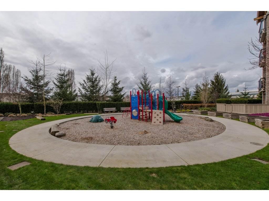 "Photo 19: Photos: 119 21009 56 Avenue in Langley: Salmon River Condo for sale in ""CORNERSTONE"" : MLS®# R2260684"