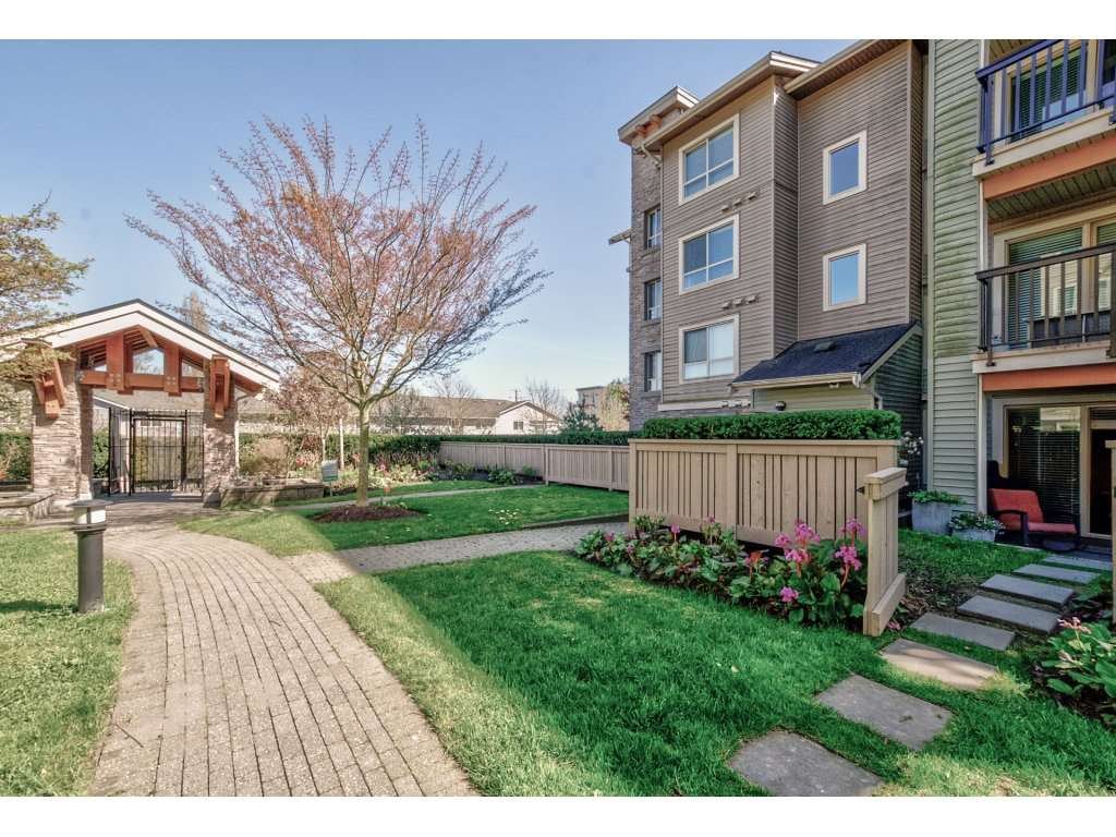 "Photo 17: Photos: 119 21009 56 Avenue in Langley: Salmon River Condo for sale in ""CORNERSTONE"" : MLS®# R2260684"