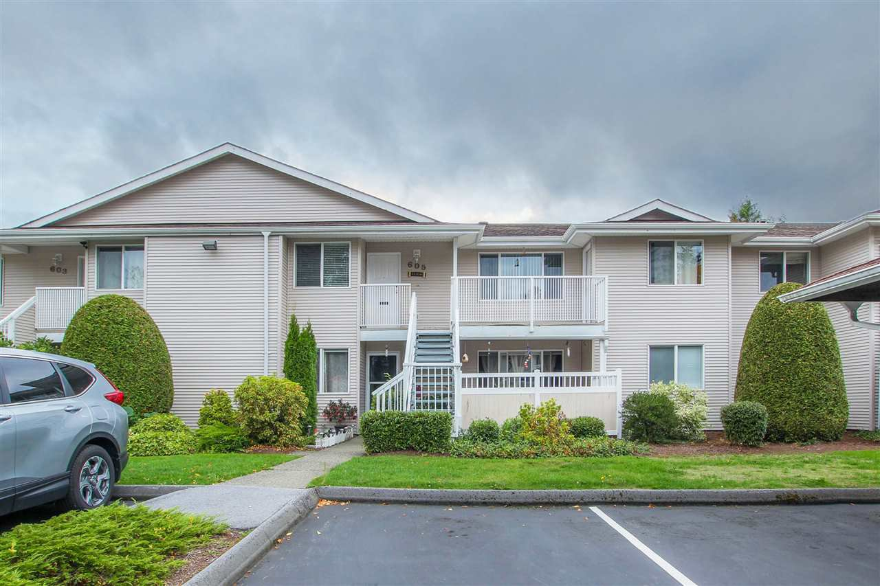 "Main Photo: 605 13923 72 Avenue in Surrey: East Newton Townhouse for sale in ""Newton Park"" : MLS®# R2310936"