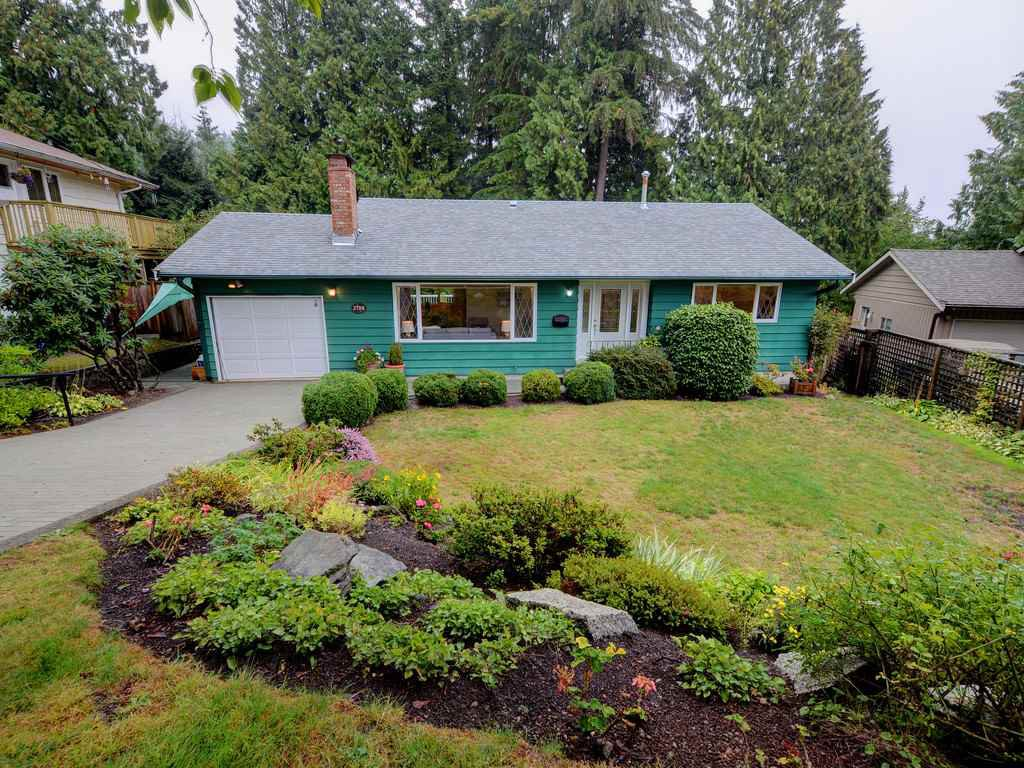Photo 1: Photos: 3788 ST. ANDREWS Avenue in North Vancouver: Upper Lonsdale House for sale : MLS®# R2344639