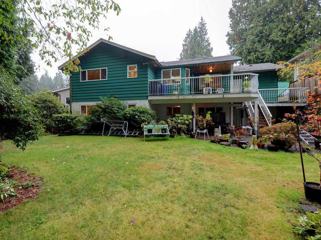 Photo 3: Photos: 3788 ST. ANDREWS Avenue in North Vancouver: Upper Lonsdale House for sale : MLS®# R2344639