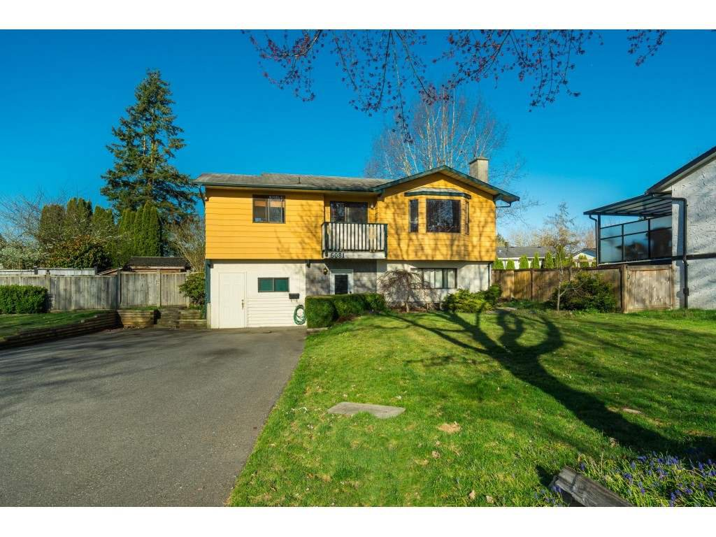 Main Photo: 6081 171A Street in Surrey: Cloverdale BC House for sale (Cloverdale)  : MLS®# R2353242