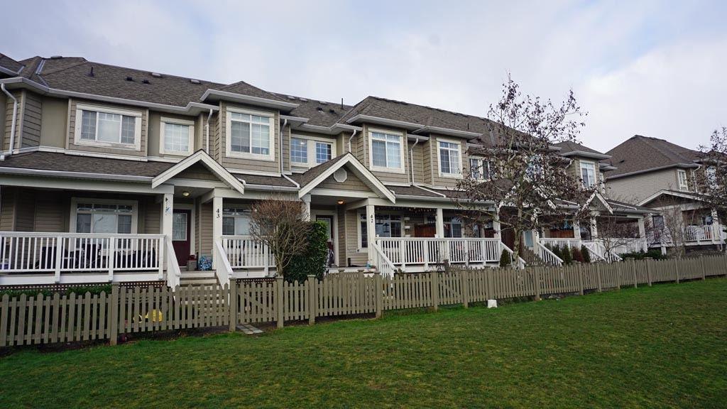 "Main Photo: 42 6852 193 Street in Surrey: Clayton Townhouse for sale in ""Indigo"" (Cloverdale)  : MLS®# R2435881"