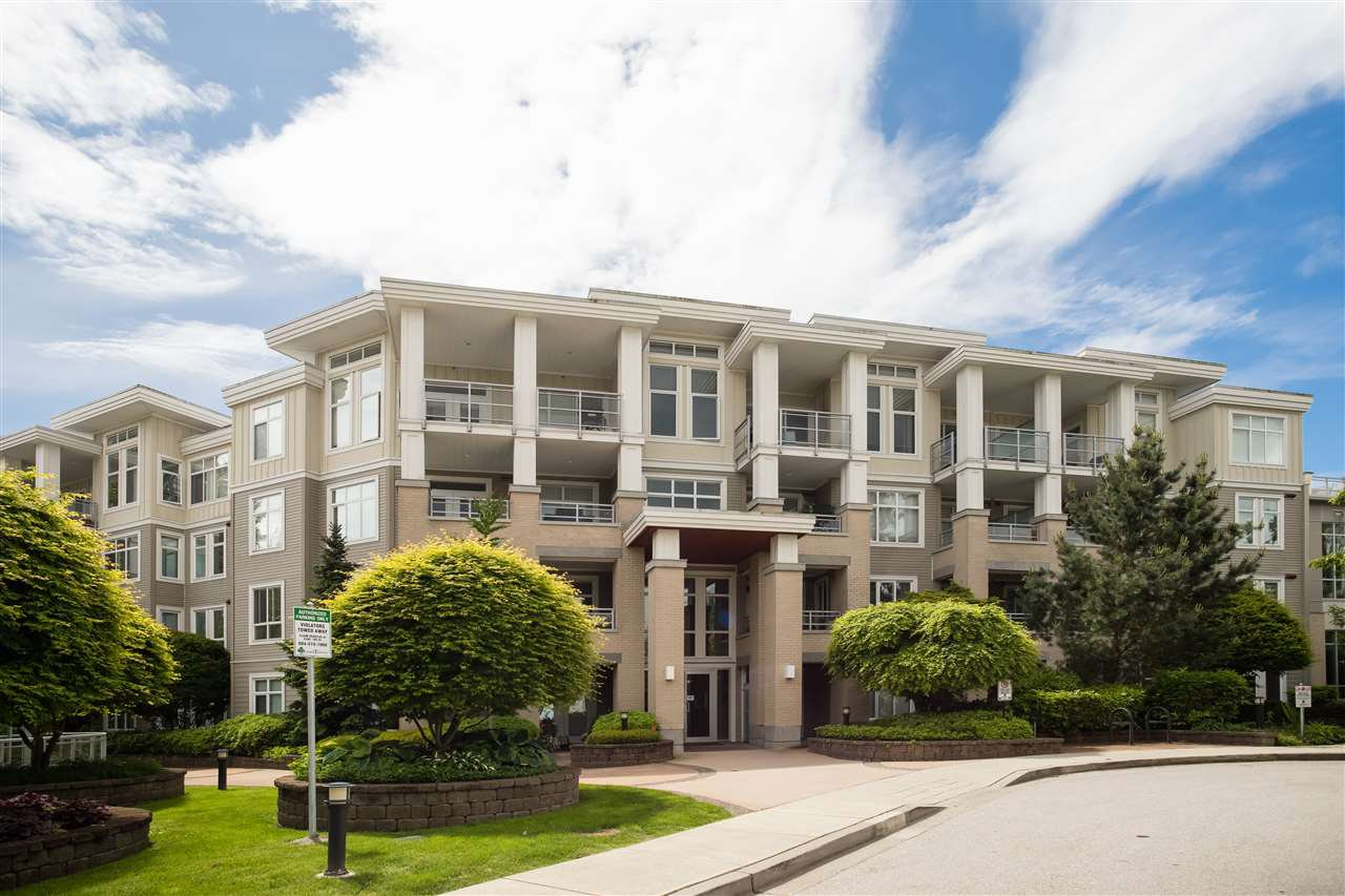 "Main Photo: 216 15428 31 Avenue in Surrey: Grandview Surrey Condo for sale in ""Headwaters One"" (South Surrey White Rock)  : MLS®# R2458164"