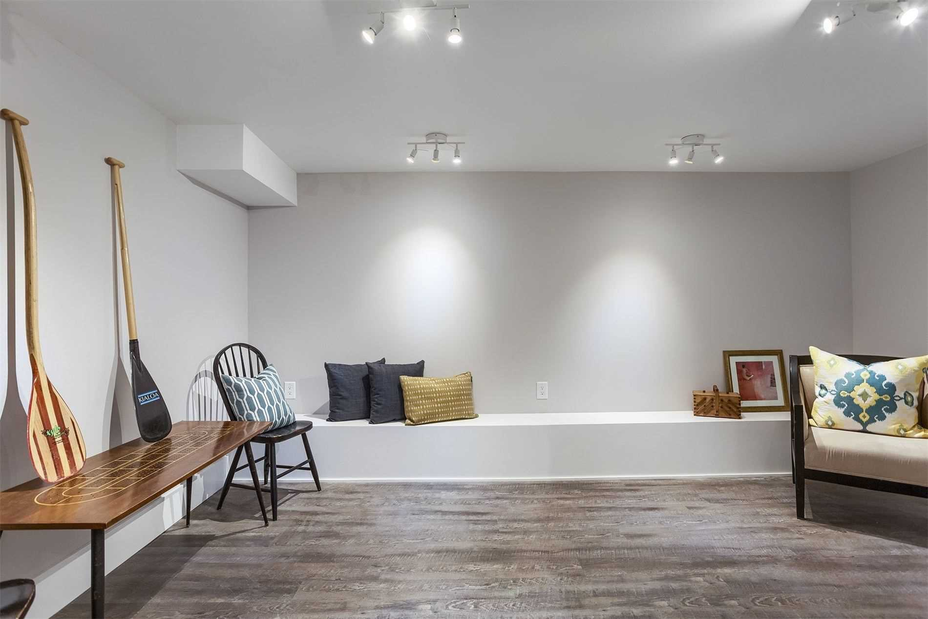 Photo 5: Photos: 53 Pearson Avenue in Toronto: Roncesvalles House (Other) for lease (Toronto W01)  : MLS®# W4816830