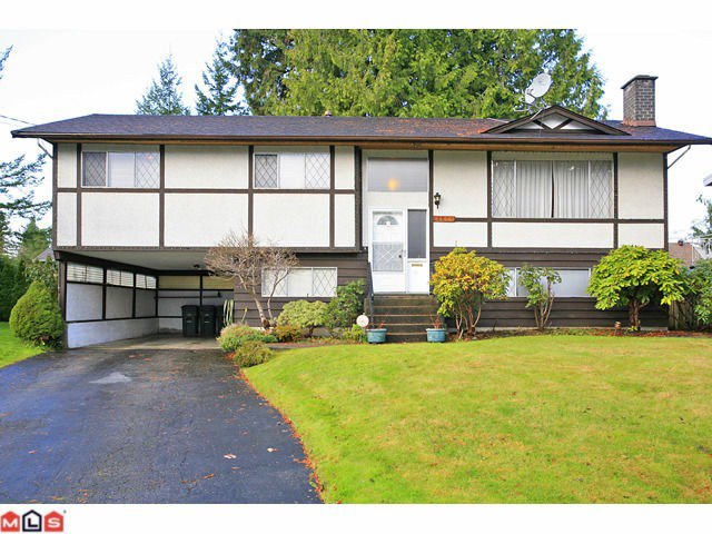 """Main Photo: 9971 125TH Street in Surrey: Cedar Hills House for sale in """"St. Helens"""" (North Surrey)  : MLS®# F1127438"""