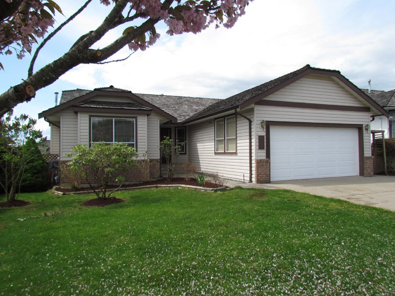 Main Photo: 2909 SOUTHERN CR in ABBOTSFORD: Abbotsford West House for rent (Abbotsford)