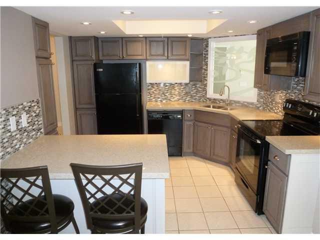 Main Photo: # 112 1132 DUFFERIN ST in Coquitlam: Eagle Ridge CQ Condo for sale : MLS®# V998254