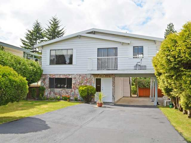 """Main Photo: 810 GREENE Street in Coquitlam: Meadow Brook House for sale in """"MEADOW BROOK"""" : MLS®# V1029173"""