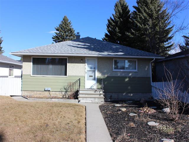 Main Photo: 2418 32 Street SW in Calgary: Killarney_Glengarry House for sale : MLS®# C4001446