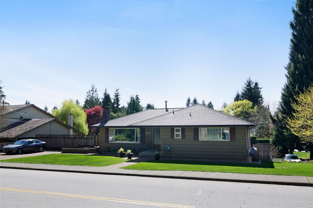 Photo 1: Photos: 4021 RUBY Avenue in North Vancouver: Edgemont House for sale : MLS®# V1116224
