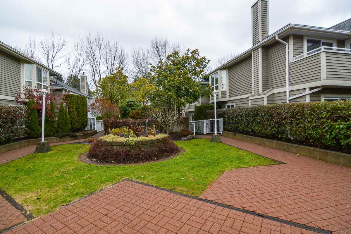 """Main Photo: 13 849 TOBRUCK Avenue in North Vancouver: Hamilton Townhouse for sale in """"Garden Terrace"""" : MLS®# R2018127"""