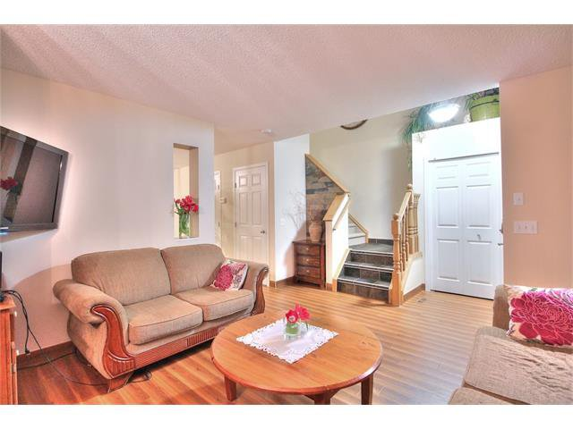 Photo 5: Photos: 662 EVERMEADOW Road SW in Calgary: Evergreen House for sale : MLS®# C4045119