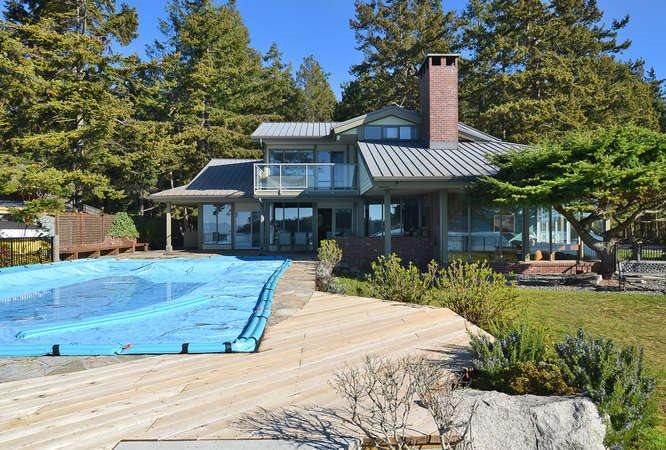 Main Photo: 6751 SEAVIEW Lane in Sechelt: Sechelt District House for sale (Sunshine Coast)  : MLS®# R2069845