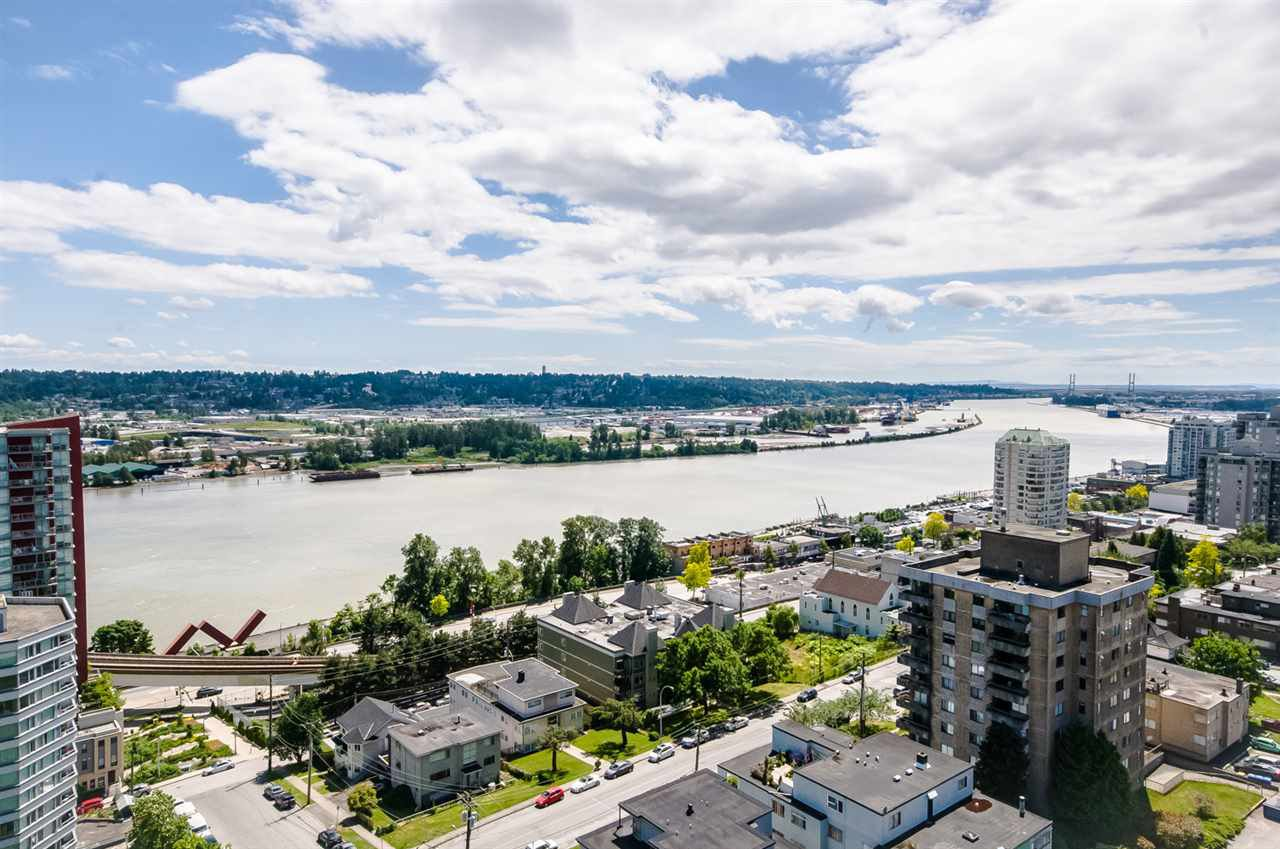 "Main Photo: 1705 188 AGNES Street in New Westminster: Downtown NW Condo for sale in ""THE ELLIOT"" : MLS®# R2181152"