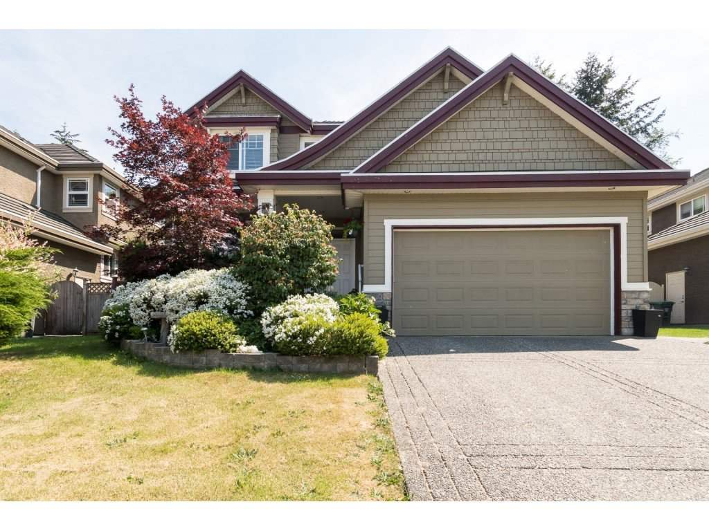 Main Photo: 15338 28A Avenue in Surrey: King George Corridor House for sale (South Surrey White Rock)  : MLS®# R2284400