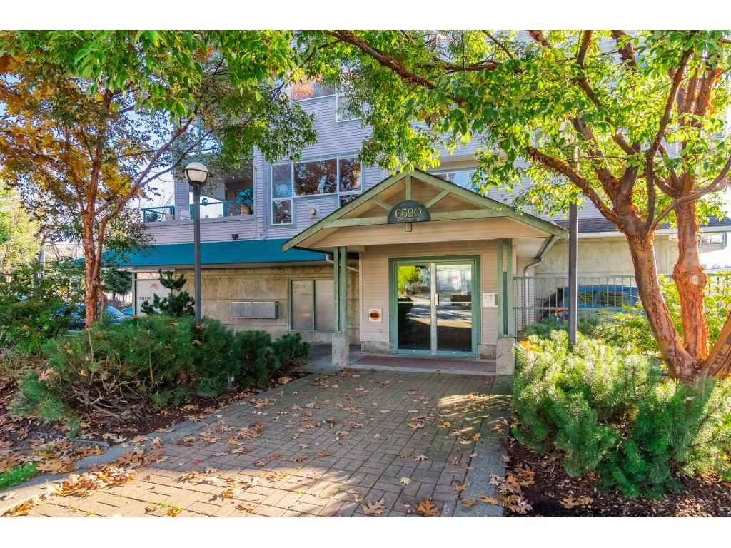 Main Photo: 306 6390 196TH Street in Langley: Willoughby Heights Condo for sale : MLS®# R2315699