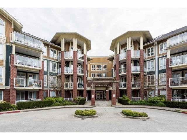 "Main Photo: 415 14 E ROYAL Avenue in New Westminster: Fraserview NW Condo for sale in ""VICTORIA HILL"" : MLS®# R2320598"